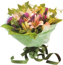 karisik mevsim buketi anneler günü ve sevilenlere  Adıyaman çiçekçi mağazası