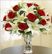 12 adet kırmızı gül 2 dal kazablanka vazosu  Adıyaman çiçek satışı