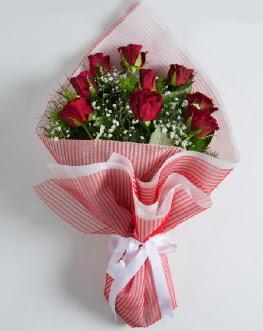 9 adet kırmızı gülden buket  Adıyaman çiçek satışı