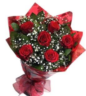 6 adet kırmızı gülden buket  Adıyaman yurtiçi ve yurtdışı çiçek siparişi