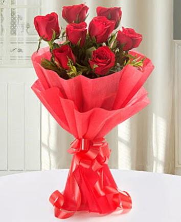 9 adet kırmızı gülden modern buket  Adıyaman İnternetten çiçek siparişi