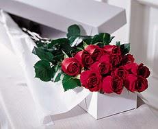 Adıyaman çiçek satışı  özel kutuda 12 adet gül
