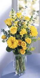 Adıyaman online çiçek gönderme sipariş  sari güller ve gerbera cam yada mika vazo