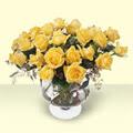 Adıyaman çiçekçi telefonları  11 adet sari gül cam yada mika vazo içinde