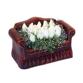 seramik içerisinde 11 gül  Adıyaman hediye çiçek yolla
