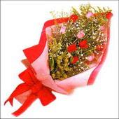 12 adet renkli  gül buketi   Adıyaman çiçekçi mağazası