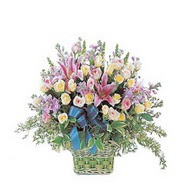 sepette kazablanka ve güller   Adıyaman çiçek gönderme