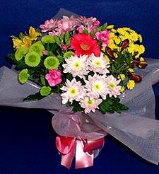 Adıyaman hediye çiçek yolla  küçük karisik mevsim demeti