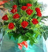 12 adet gül buketi  Adıyaman anneler günü çiçek yolla