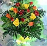 13 adet karisik gül buketi demeti   Adıyaman uluslararası çiçek gönderme