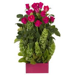 12 adet kirmizi gül aranjmani  Adıyaman çiçek mağazası , çiçekçi adresleri