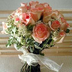 12 adet sonya gül buketi    Adıyaman çiçek gönderme