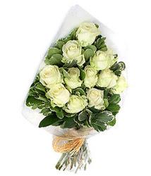 Adıyaman online çiçekçi , çiçek siparişi  12 li beyaz gül buketi.