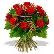9 adet kirmizi gül ve kir çiçekleri  Adıyaman internetten çiçek satışı