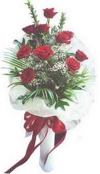 Adıyaman hediye çiçek yolla  10 adet kirmizi gülden buket tanzimi özel anlara