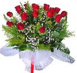 Adıyaman çiçek satışı  12 adet kirmizi gül buketi esssiz görsellik
