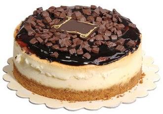 pasta yolla 4 ile 6 kisilik çikolatali yas pasta  Adıyaman online çiçek gönderme sipariş