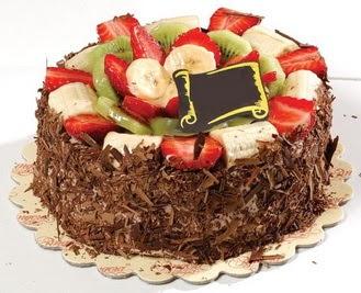 pastaci firmasindan 4 ile 6 kisilik çikolata meyvali yaspasta  Adıyaman çiçek siparişi sitesi