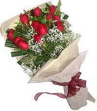 11 adet kirmizi güllerden özel buket  Adıyaman internetten çiçek siparişi