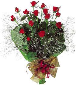 11 adet kirmizi gül buketi özel hediyelik  Adıyaman çiçekçi mağazası