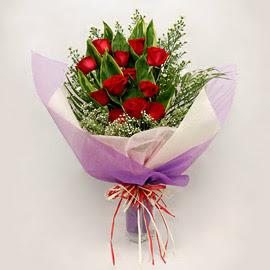 çiçekçi dükkanindan 11 adet gül buket  Adıyaman çiçekçi mağazası