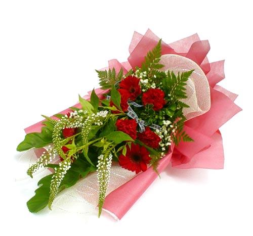 Karisik çiçek buketi mevsim buket  Adıyaman çiçek siparişi sitesi