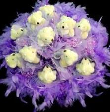 11 adet pelus ayicik buketi  Adıyaman çiçek , çiçekçi , çiçekçilik