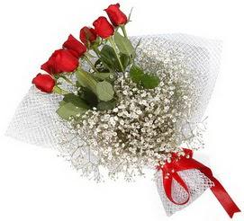 7 adet essiz kalitede kirmizi gül buketi  Adıyaman hediye sevgilime hediye çiçek