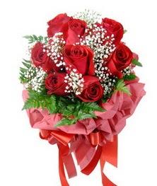 9 adet en kaliteli gülden kirmizi buket  Adıyaman çiçek servisi , çiçekçi adresleri