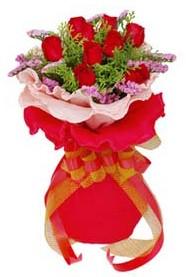 Adıyaman cicekciler , cicek siparisi  8 Adet kirmizi güllerden buket tanzimi