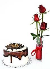 Adıyaman çiçek siparişi vermek  vazoda 3 adet kirmizi gül ve yaspasta