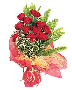 Adıyaman İnternetten çiçek siparişi  11 adet kırmızı güllerden buket modeli