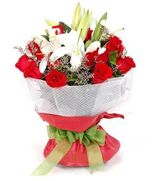 Adıyaman hediye çiçek yolla  1 dal kazablanka 11 adet kırmızı gül buketi