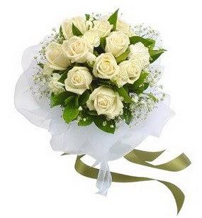 Adıyaman online çiçekçi , çiçek siparişi  11 adet benbeyaz güllerden buket