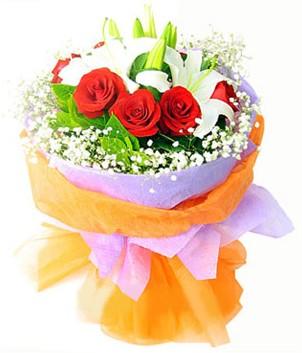 Adıyaman çiçek gönderme sitemiz güvenlidir  1 dal kazablanka 7 adet kırmızı gül buketi
