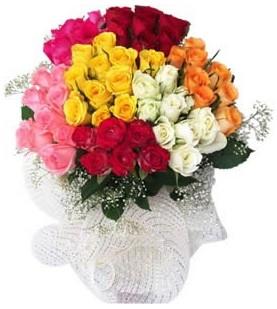 Adıyaman çiçekçi telefonları  51 adet farklı renklerde gül buketi
