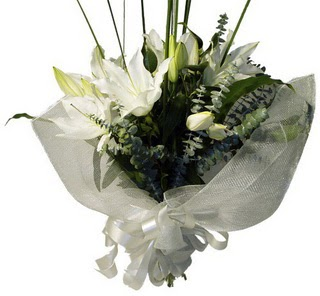Adıyaman çiçekçi mağazası  2 dal kazablanka çiçek buketi