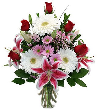 Adıyaman çiçek mağazası , çiçekçi adresleri  1 dal kazablanka 5 gül ve kırçiçeği vazosu