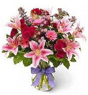 Vazo içerisinde karışık mevsim çiçeği  Adıyaman çiçek siparişi sitesi