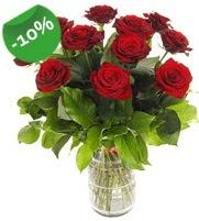 11 adet vazo içerisinde kırmızı gül  Adıyaman online çiçek gönderme sipariş