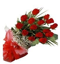 15 kırmızı gül buketi sevgiliye özel  Adıyaman çiçek gönderme sitemiz güvenlidir