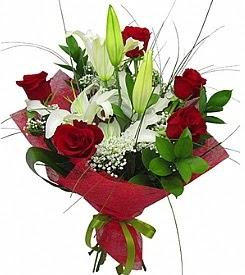 1 dal kazablanka 5 kırmızı gül buketi  Adıyaman kaliteli taze ve ucuz çiçekler