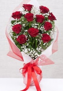 11 kırmızı gülden buket çiçeği  Adıyaman 14 şubat sevgililer günü çiçek