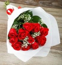 9 kırmızı gülden buket çiçeği  Adıyaman çiçek gönderme