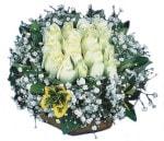 Adıyaman çiçekçiler  Beyaz harika bir gül sepeti
