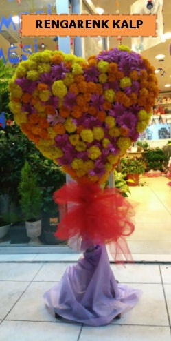 Ankara mevsim çiçeklerinden kalp perförje  Adıyaman çiçekçi telefonları