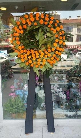 Cenaze çiçeği cenaze çelengi çiçek modeli  Adıyaman çiçek gönderme
