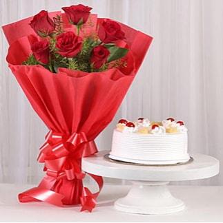 6 Kırmızı gül ve 4 kişilik yaş pasta  Adıyaman çiçek , çiçekçi , çiçekçilik