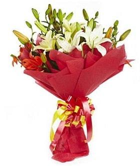 5 dal kazanlanka lilyum buketi  Adıyaman çiçek gönderme sitemiz güvenlidir