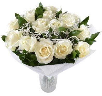 15 beyaz gül buketi sade aşk  Adıyaman çiçek satışı